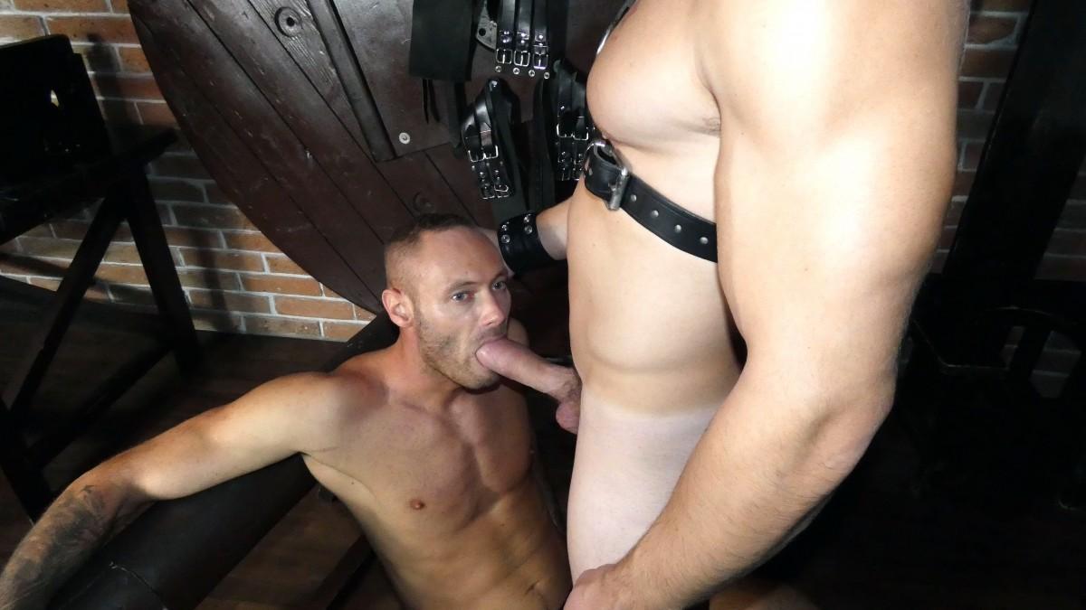 Kinky and Raw