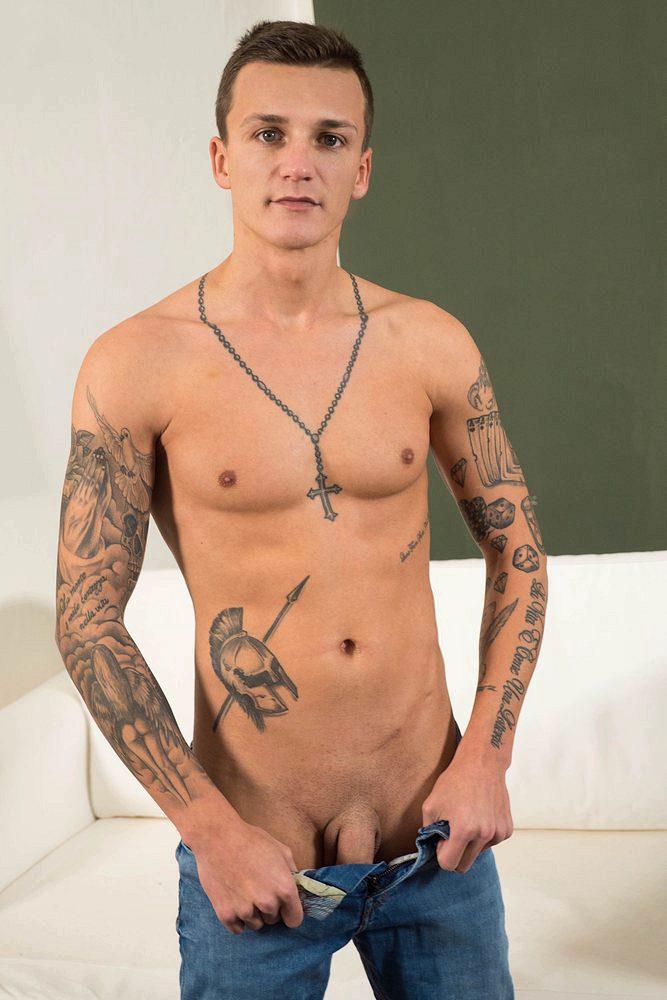 dom ully gay porn actor